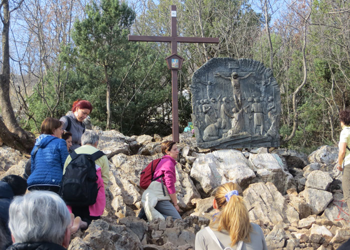 JMJ Pilgrims - Cross Mountain Crizevac
